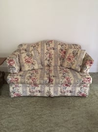 White and pink floral loveseat North Bergen, 07047