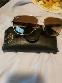 brown lens Ray-Ban sunglasses with gold-colored frames and case Windsor