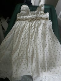 Never worn girls size 10  dress Winnipeg, R2W 1P7
