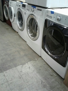 Front load washers excellent condition