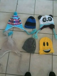 Assorted winter hats Lancaster, 93535