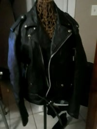 Heavy leather jacket 30$  Brownsville, 78526