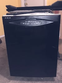 Black Diswasher. Clean, Runs Great! Vail, 85641