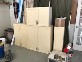 Kitchen Upper Cabinet
