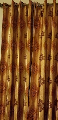 Moving sale living Room Curtains 6pc used  Brooklyn, 11214