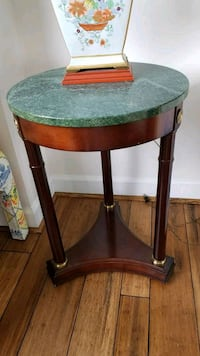 Federal style round marble top end table Arlington, 22209