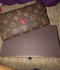 Louis vuitton wallet  Markham, L3T 7N2