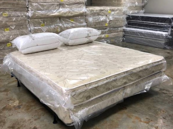 pretty nice ef084 90d31 $259 King Mattress Set Same Day Delivery