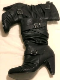 pair of black leather boots Parksville, V9P 1K3