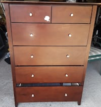 Five drawers chest in good condition. Top is scratched but 100% repairable. Toronto, M6K 1G6