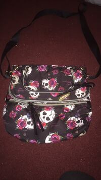 black and pink floral Vera Bradley crossbody bag Melbourne, 32935