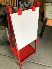 white and red metal easel North Las Vegas, 89081