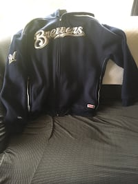 Milwaukee Brewers Zip up Hoodie Sweatshirt. Hardly worn, Excellent Condition! Size 2x $50.00 OR make an offer!! Milwaukee, 53233