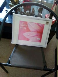 11 by 14 inch new picture frame Davenport, 52804