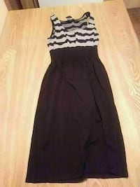 women's brown and white striped sleeveless scoop-neck dress