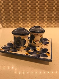 Salt and pepper shakers Italian design Vaughan, L4J 5L6