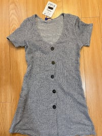 grey/white dress size m  new with tags on it Toronto, M3B 3R7