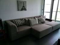 Sectional sofa Mississauga, L5M 7S2