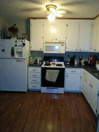 HOUSE For Sale 4+BR 2BA Moorefield
