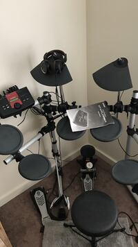used black and grey electric drum kit for sale in wyncote letgo. Black Bedroom Furniture Sets. Home Design Ideas
