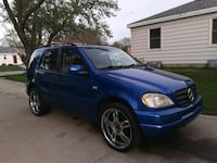 2000 Mercedes-Benz M-Class ·ML 320 Sports Utility Racine, 53405