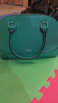 Guess purse Edmonton, T5Y 0M6