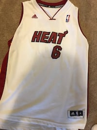 Miami Heat Lebron James Jersey Youth XL
