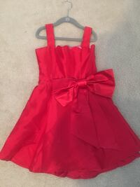 Red Annie dress with removable bow Chantilly, 20152