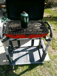 black and red charcoal grill Riverside, 92503