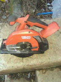 red and black Black & Decker circular saw Milwaukee, 53207
