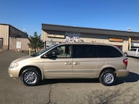 Chrysler - Town and Country - 2001 38 mi