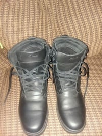 New Waterproof Clark's boots size 10 Odenton, 21113