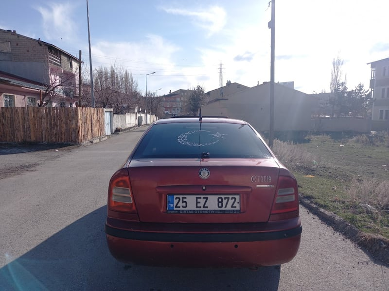 2004 Skoda Octavia 1.9 TDI COLLECTION PLUS 90 HP d0327a30-01bb-4001-bc55-a1c70662628f