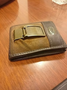 brown Fossil bifold wallet
