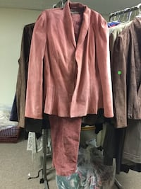 Beautiful pink suede pants and suede dress jacket Allouez, 54301