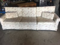 gray and white floral fabric sectional sofa McMinnville, 97128