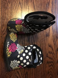 Bogs winter boots size 5 toddler Pickering, L1W 1S4