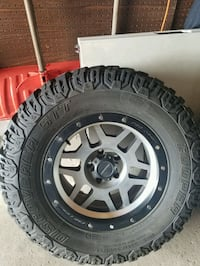 Jeep Wrangler Mud Tires and Rims Mississauga, L5A 2A6