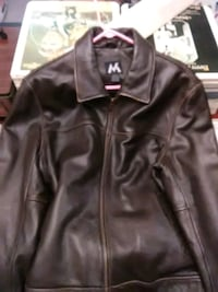 Brown leather zip-up jacket Pineville, 71360