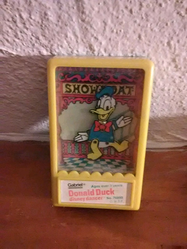 1975 Donald Duck Showboat game still works