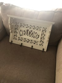 Welcome sign. Shabby chic   Bakersfield, 93305
