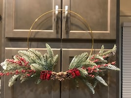 Simply holiday wreath