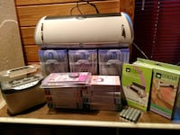 Cricut expression with numerous cartridges Thomasville, 31792