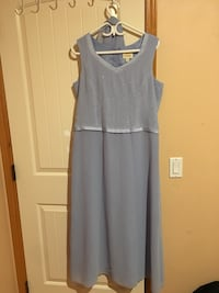 Light blue gown - Size 16!