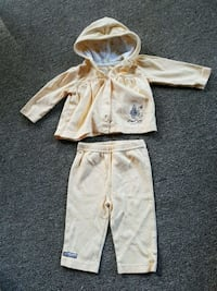 """baby girl 3 - 6 month never worn """"Peter rabbit"""" Pickering, L1Y 1A1"""