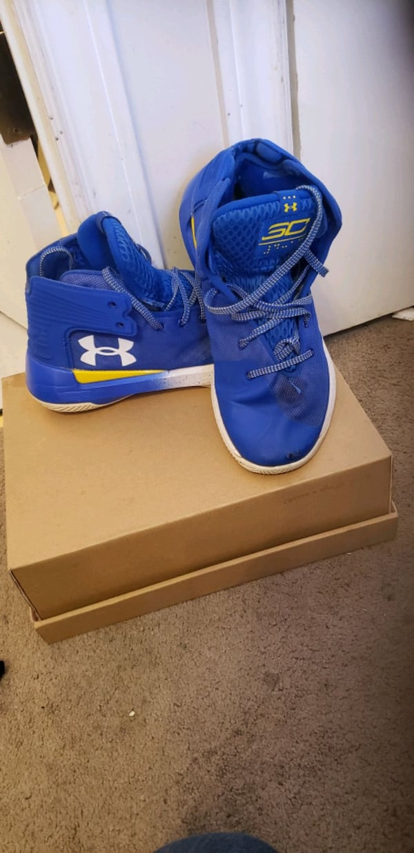 UNDER ARMOUR RUNNERS 3