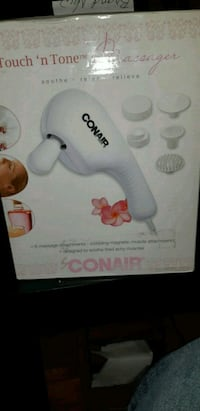 Electric massaging face scrubber by Conair Toronto, M4C 1R9