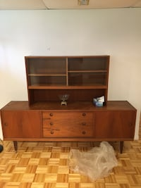Wooden Desk/Showcase Kirkland, H9J 3B2