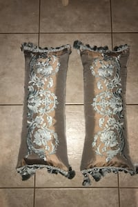 Long Accent Pillows - 2 for $20 Toronto, M9M 1J3