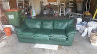 Leather nap couch Mounds View, 55112
